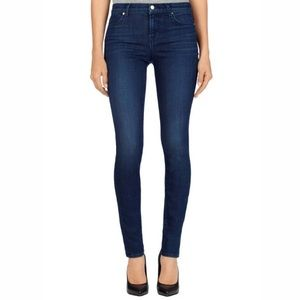 J BRAND 620 Mid-Rise Super Skinny Jean in Fix Wash